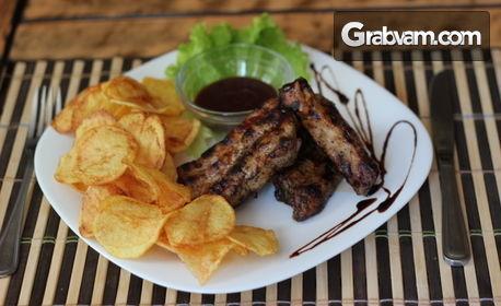 Пилешки крилца, Талиателе формаджи или свински врат на скара с домашни пържени картофки