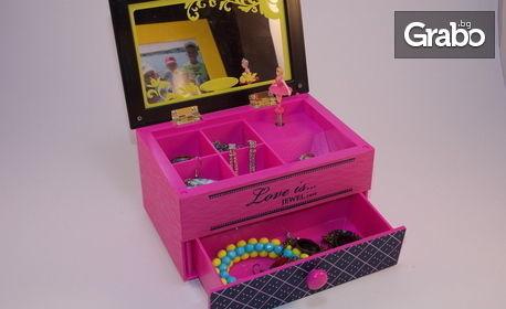 Музикална кутийка с танцуваща балерина - модел по избор
