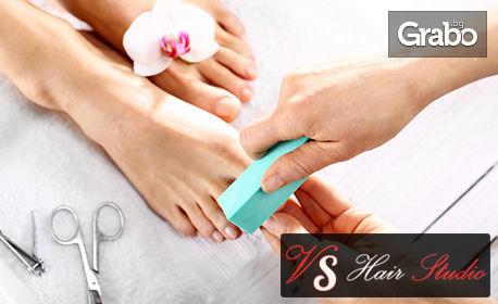 Маникюр или педикюр с гел лак, изграждане на нокти с Poly gel или медицински педикюр с лак