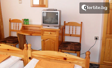 Почивка край Смолян! 3 или 5 нощувки със закуски, обеди и вечери, плюс вана с минерална вода и джакузи, в с. Баните