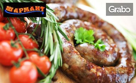 2.5кг плато микс - пилешка пържола, карначе, кебапче, кюфте, пържени картофки и крилца на скара