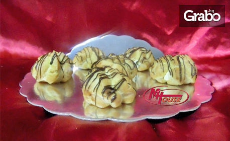 За детското парти! Сладък сет с медени бисквитки, мъфинчета, мини еклери и шоколадови топки