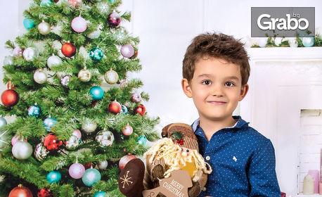 Детска или семейна коледна фотосесия в студио с 15 обработени кадъра