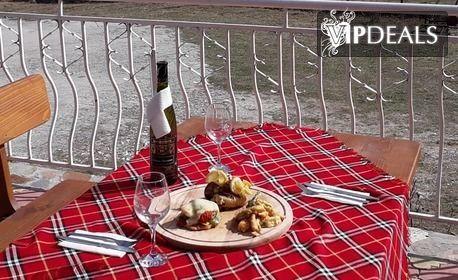 През Юни в Сърница - на брега на язовир Доспат! 2 или 3 нощувки със закуски за двама