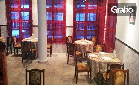 През Юли и Август в Созопол! Нощувка със закуска и възможност за обяд и вечеря