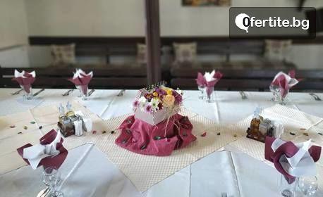 Септември и Октомври в Трявна! 2 или 3 нощувки със закуски и вечери за двама