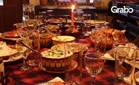 Нова година в Созопол! Нощувка с празнична вечеря с DJ в Хотел Созопол, или само куверт за 31 Декември