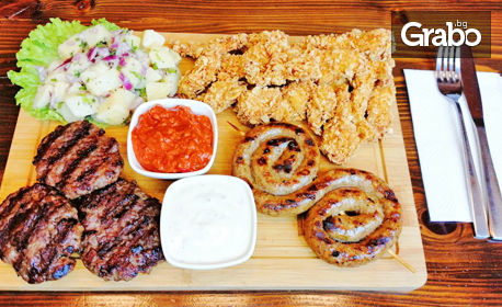 1160гр плато! Телешки кюфтета, свинско кърначе, пилешки филенца с корнфлейкс, картофена салата, лютеница и чеснов сос