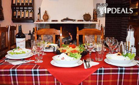 През Ноември и Декември в Чепеларе! Нощувка със закуска и вечеря