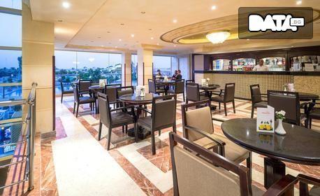 До Египет през Март! 6 нощувки на база All Inclusive в Хургада и 1 нощувка със закуска и вечеря в Кайро, плюс самолетен транспорт
