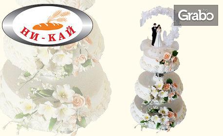 Сватбена торта с 26, 44, 66, 78, 104 или 110 парчета