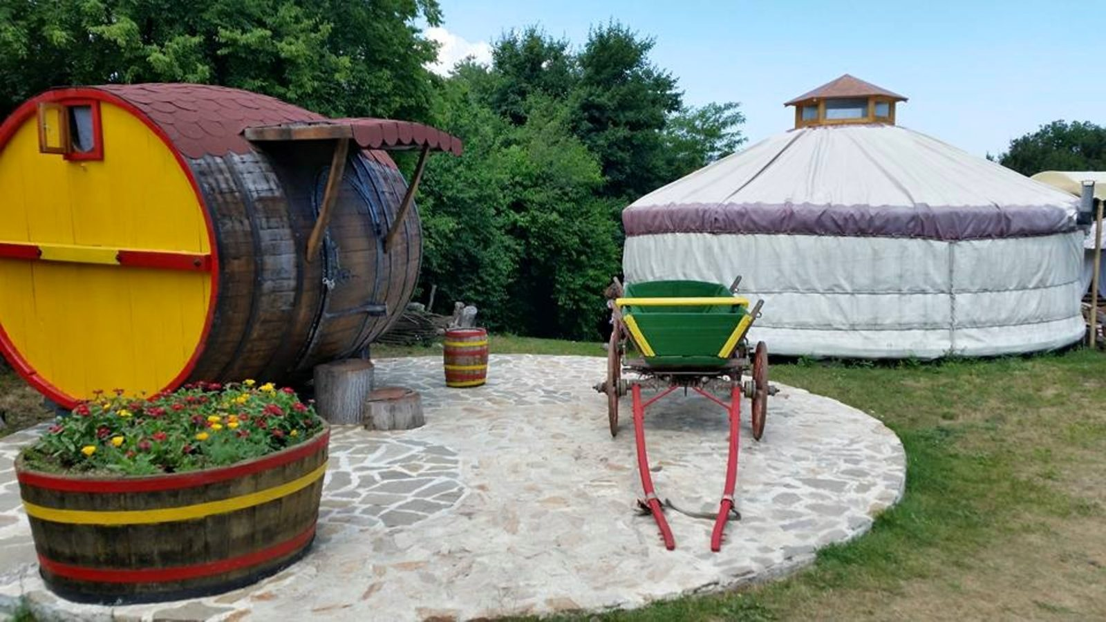 Резултат с изображение за доброглед еко селище